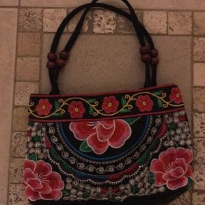 Bags - Gorgeous embroidered purse